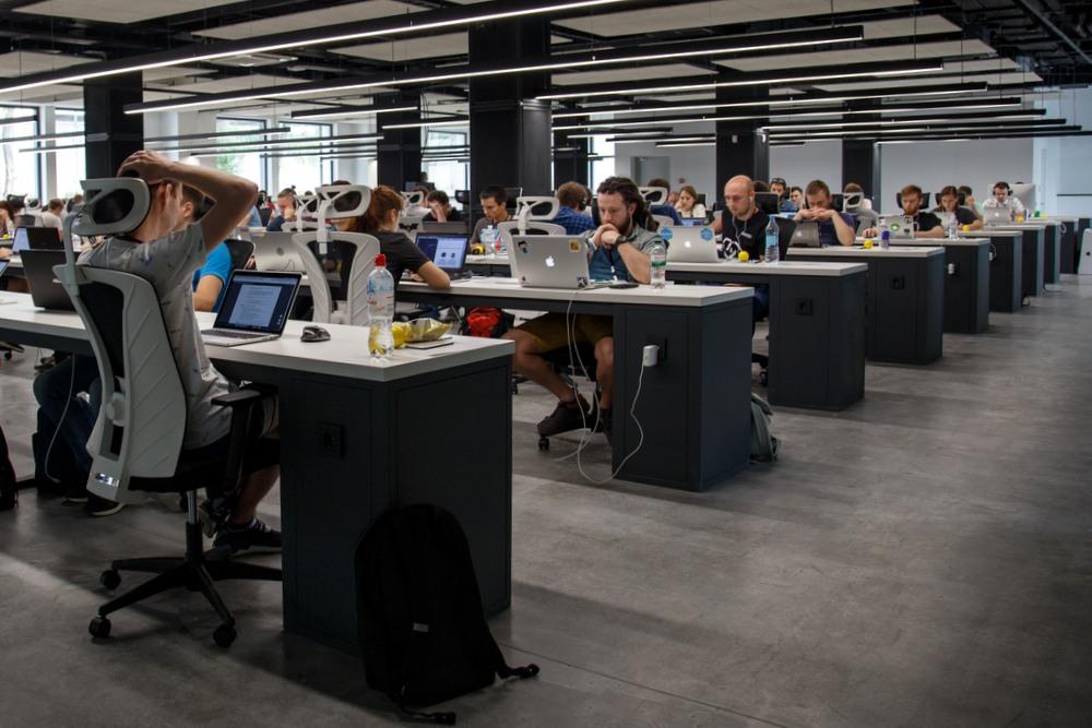 Cyber-Versicherung - Großraumbüro