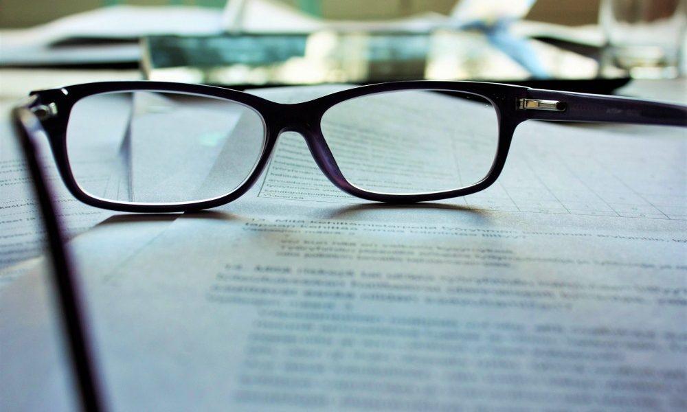 W&I - Vertrag mit Brille